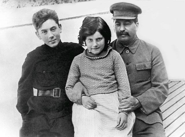 斯大林3个子女均无好下场