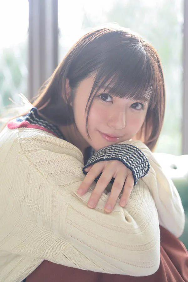 SNIS939 前田桃杏和她三月的小伙伴们