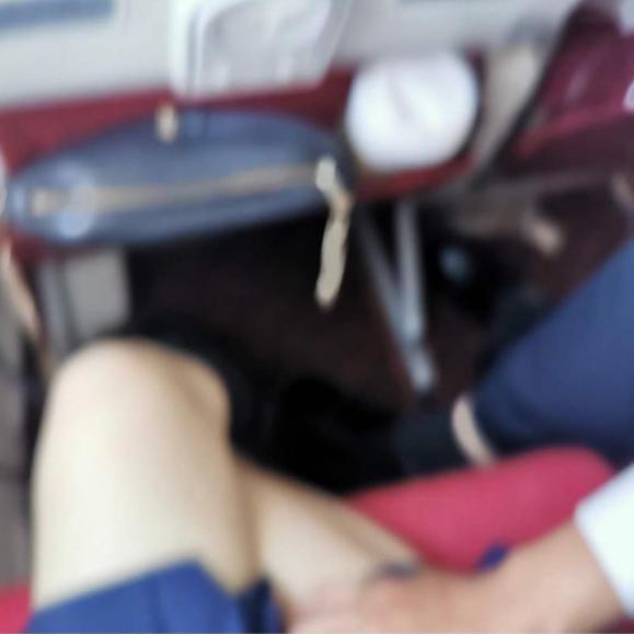 少夫锁老妻,女总理被骂荡妇,男子乘坐飞机猥亵女乘客