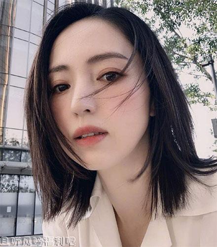 董璇夜会90后男演员苏小玎,这难道是董璇的新恋情吗?